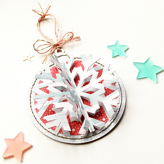 christmas-ornament-close-up-2