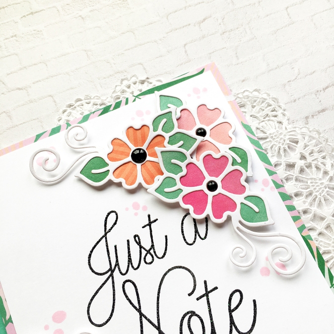 Floral card by @enzamg for @Spellbinders - #cardmaking #cards #floral #diecutting